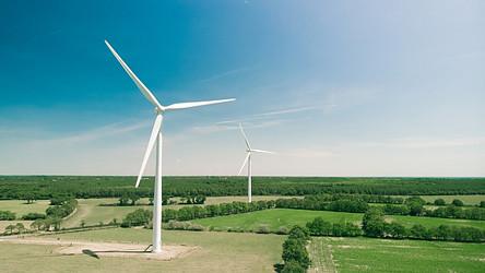 AI energy intelligence in renewable energy development