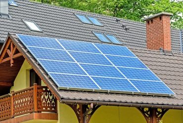 How to figure out how many solar panels I need to go solar